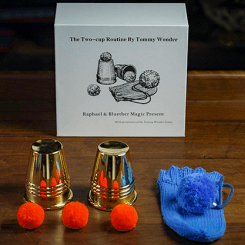 Tommy Wonder Cups & Balls Set